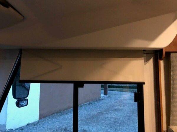 tenda a rullo parasole manuale finestrino laterale motorhome